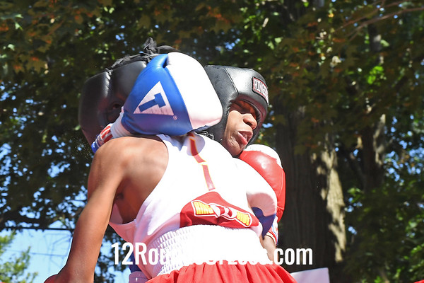 Bout 5 Harold Wallace, Blue Gloves, St. Louis, MO -vs- Jamal Brown, Jr, Red Gloves, Cleveland, 80 Lbs