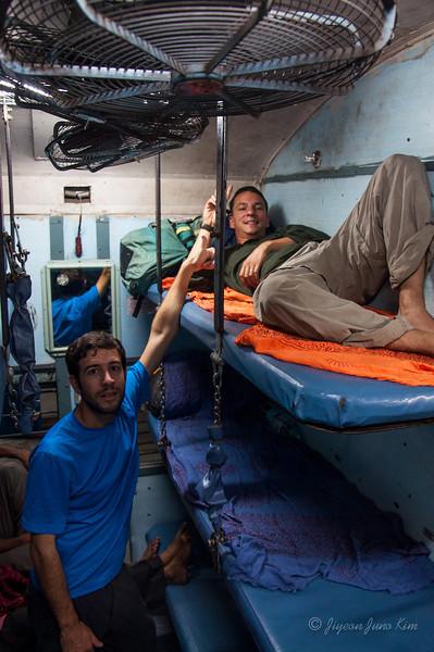 India-train-7222.jpg