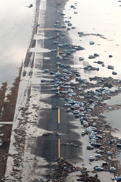 JapanEarthquake2011-306.jpg