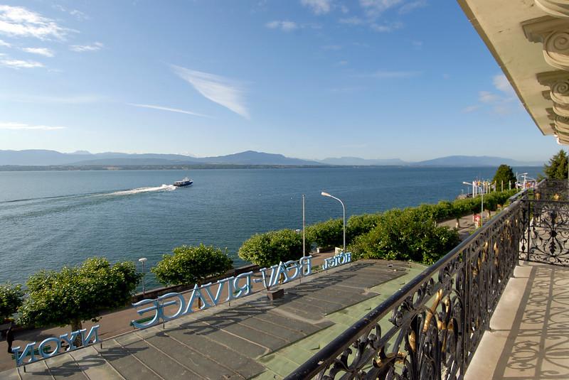 070626 7516 Switzerland - Geneva - Downtown Hiking Nyon David _E _L ~E ~L.JPG