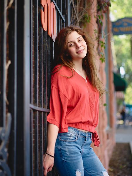 Aylen - Senior