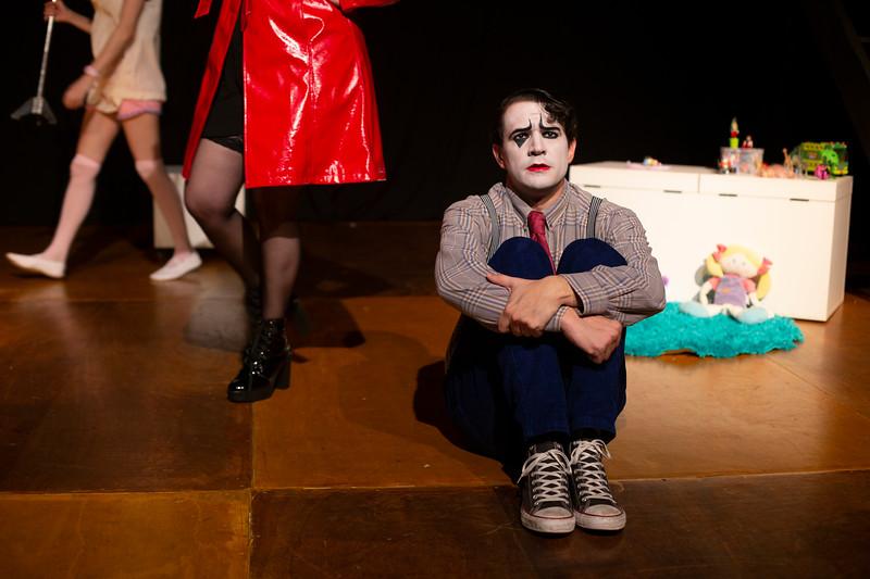 Allan Bravos - essenCIA Teatro - Persona 07-80.jpg