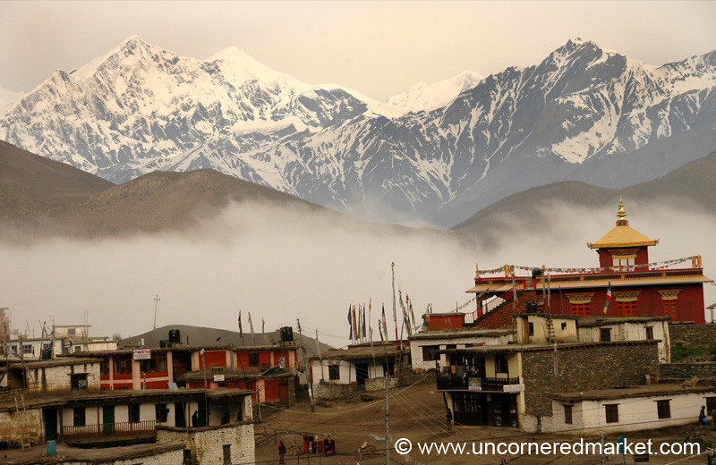 Morning Morning View - Annapurna Circuit, Nepal