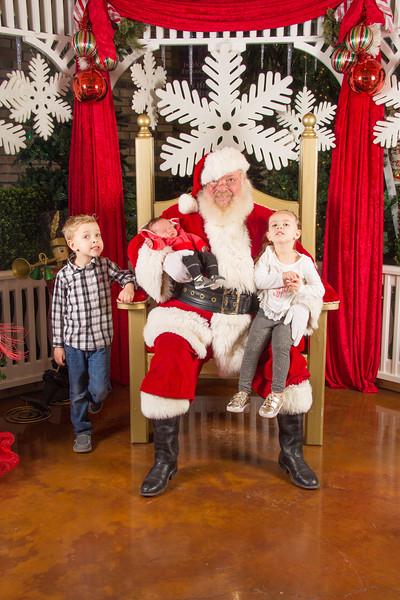 Santa 12-16-17-147.jpg