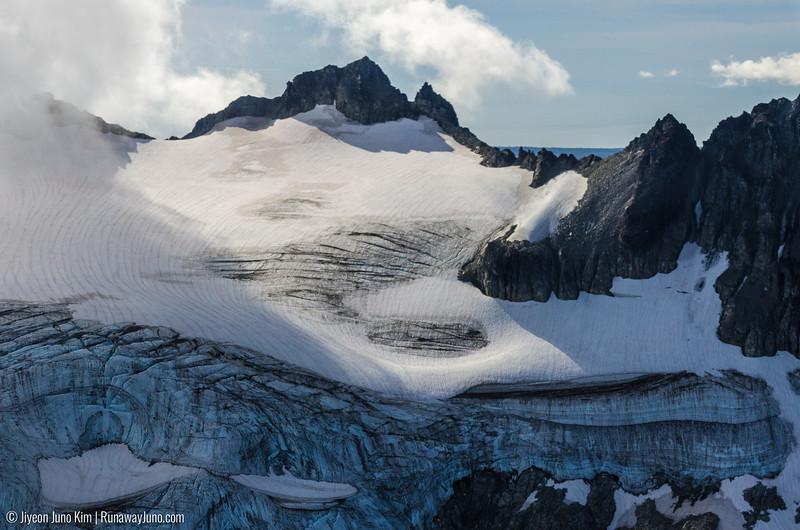 Redoubt Mountain Lodge_bear-2901.jpg
