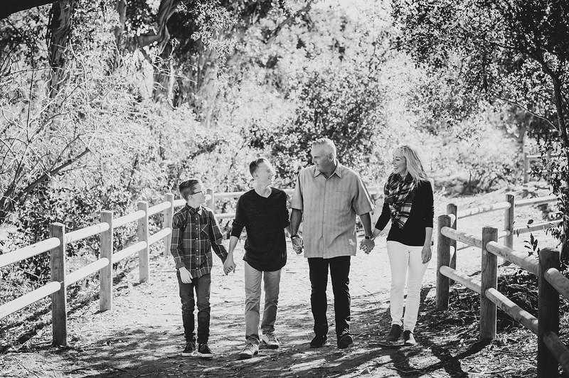 Lambert Family Edit 3-212.jpg
