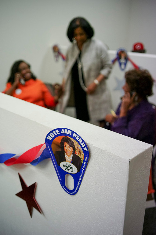 . Jan Perry greets phone bank operators at her campaign headquarters Sunday. Perry is running for Los Angeles mayor.  The election is Tuesday.   Photo by David Crane/Staff Photographer