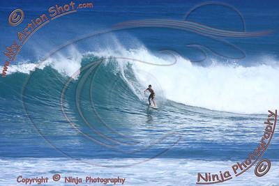 2010_10_21 - Surfing Ehukai Park, NORTH SHORE