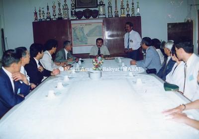 1991 - PELAWAT OISCA (JAPAN) KE MARA & IKM KG. PANDAN