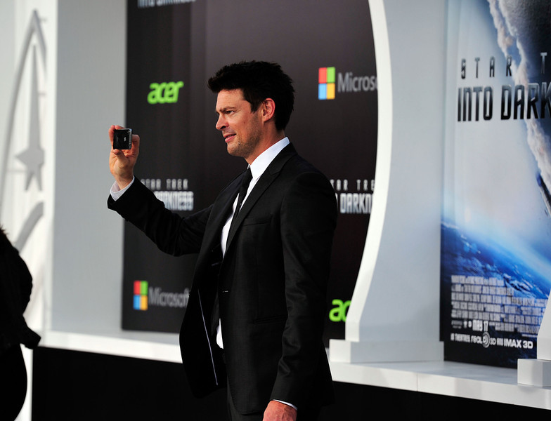 . Actor Karl Urban arrives at the premiere of Paramount Pictures\' \'Star Trek Into Darkness\' at the Dolby Theatre on May 14, 2013 in Hollywood, California.  (Photo by Frazer Harrison/Getty Images)