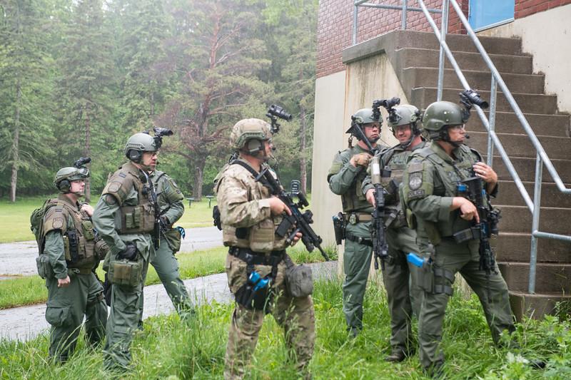Swat Training-4162.jpg