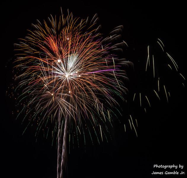 Fourth-of-July-Fireworks-2016-0364.jpg
