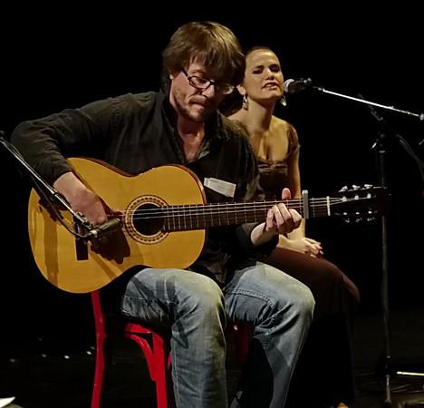 Vanessa avec guitariste