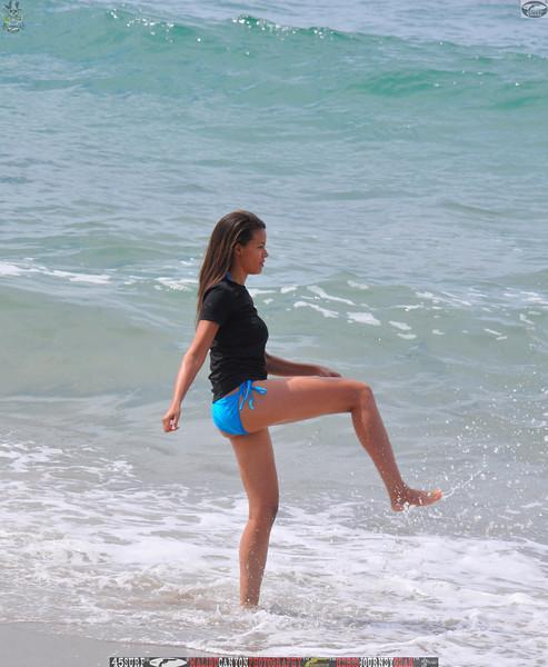 zuma beach matador beach beautiful swimsuit model malibu 45surf 057,.kl.,.jpg