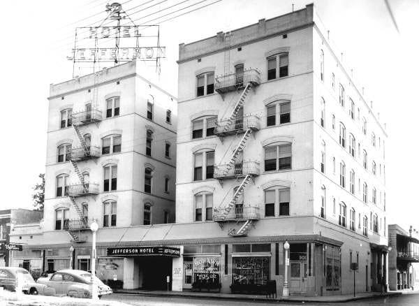 Jefferson Hotel - 1947.jpg