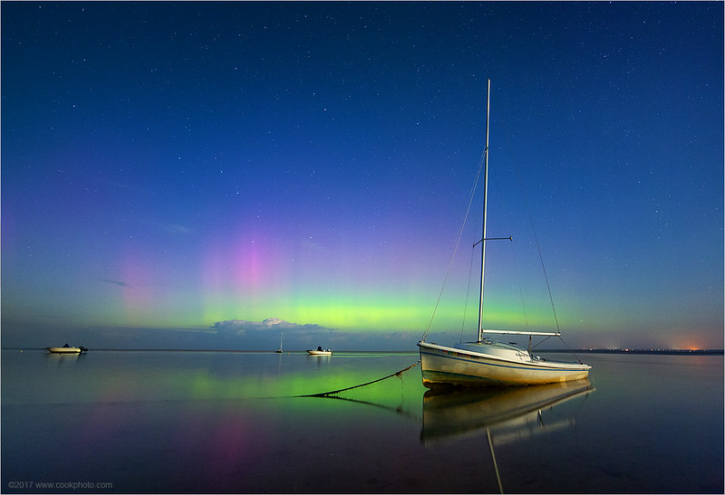 aurora-boat-090717.jpg