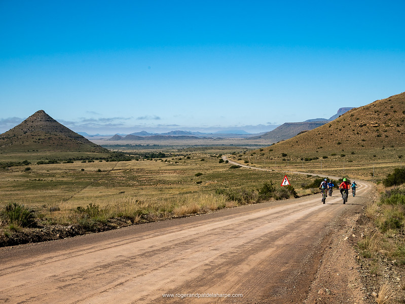 The weather cleared on the second part of the ride out of Middelburg, the gentle climb up Lessinghoogte Pass offering stunning views of the Karoo.
