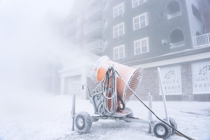 Snowmaking-03438.jpg