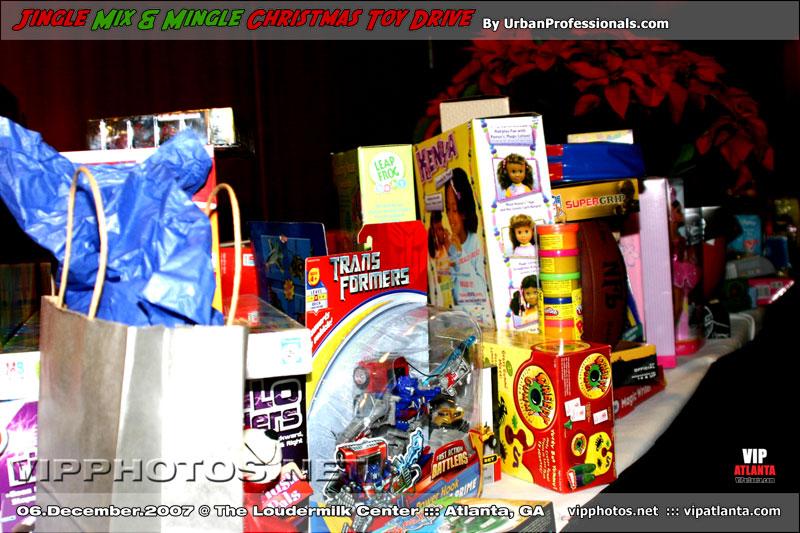 Jingle Mix & Mingle Christmas Toy Drive @ The Loudermilk Center :: ATL, GA [Dec.06.2007]