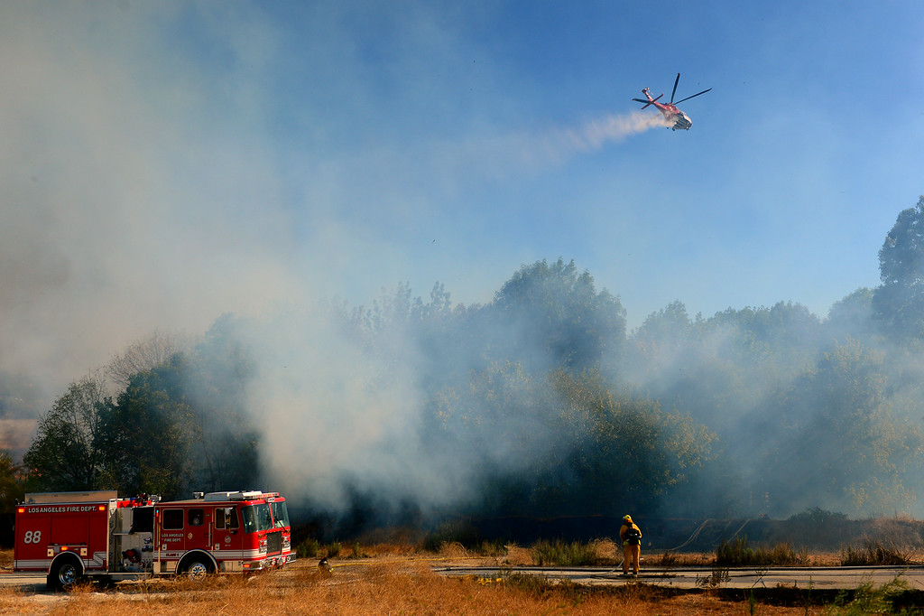 . A brushfire in the Sepúlveda Basin, Friday, August 22, 2014. (Photo by Michael Owen Baker/Los Angeles Daily News)