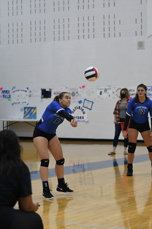 UCHS Volleyball vs Sullivan Central - September 2020
