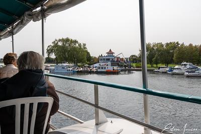 Peterborough lake cruise