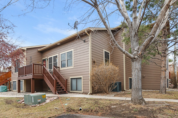 6562 Foxdale Cr