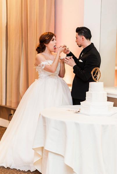 Alexandria Vail Photography Wedgewood Fresno Wedding Alexis   Dezmen762.jpg
