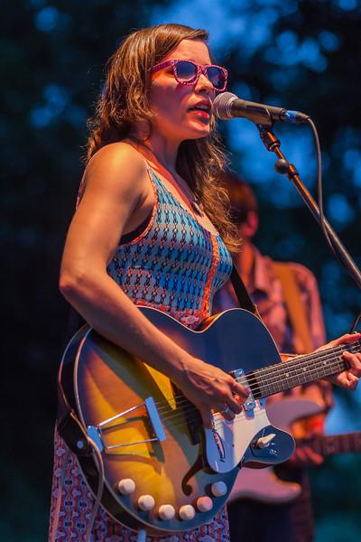 Dana Falconberry@Blues on the Green