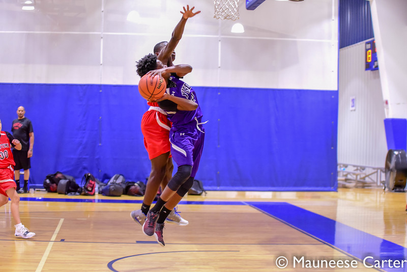 Showtime Hoops v YKD Kings 430pm 7th Grade-9.jpg