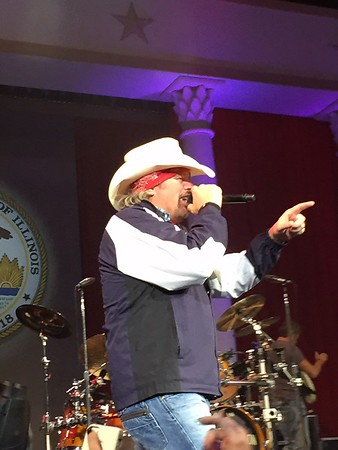 Toby Keith Concert - Springfield, IL 2015