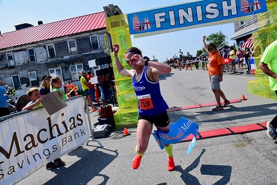 Finish Line and Water Street - Goodman/Van Riper Photography