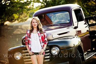 Abigail // class of 2016 // by Vasquez Photography