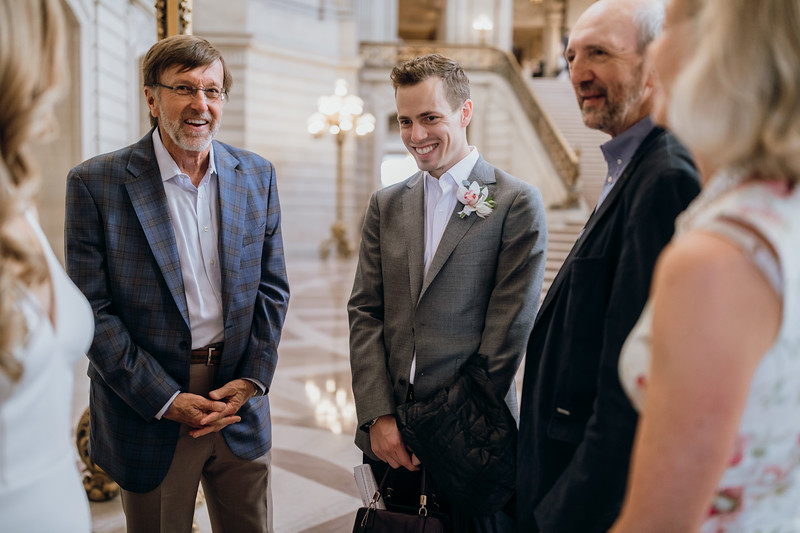 2018-10-04_ROEDER_EdMeredith_SFcityhall_Wedding_CARD1_0144.jpg