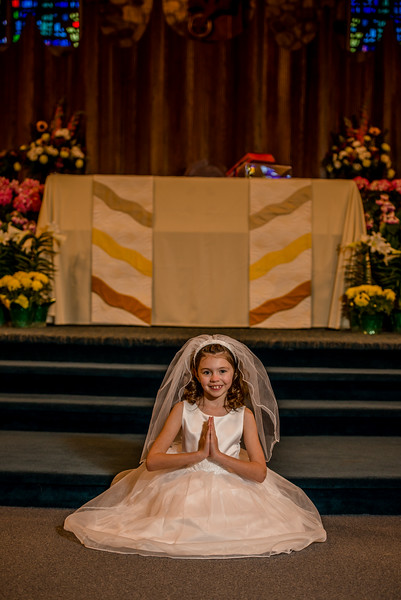 mackenzie_communion-011.jpg