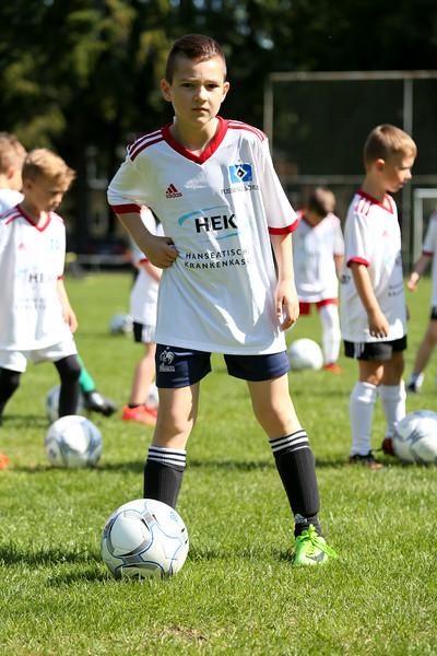 hsv_fussballschule-060_48047989598_o.jpg