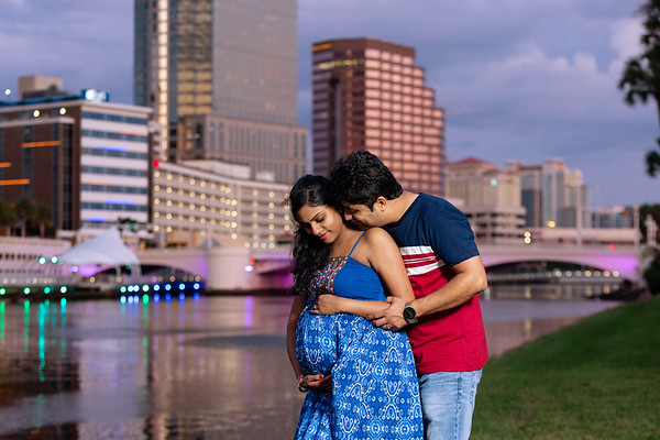 Nidhi's Maternity Photos