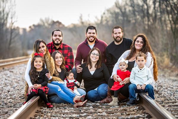 11.11.18 CADIES FAMILY PICS