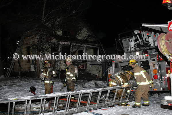 2/22/09 - Lansing house fire, 1601 Donora St