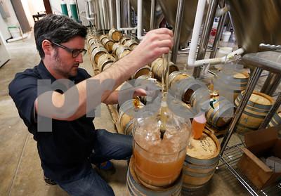 virginia-brewery-taps-300yearold-beer-recipe