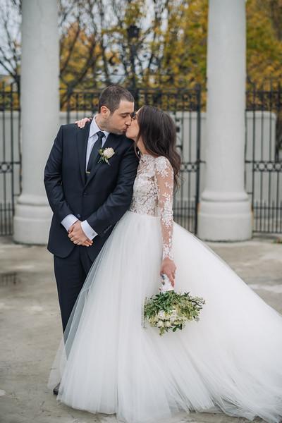 2018-10-20 Megan & Joshua Wedding-639.jpg