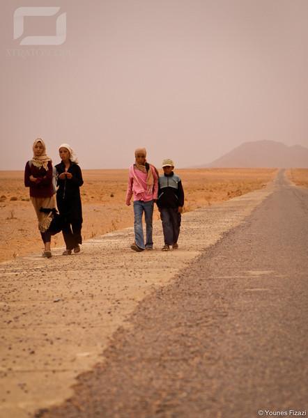 Les Enfances... Sur la route de l'école...
