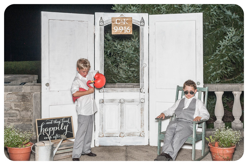 Kory+Charlie-Wedding-Photobooth-100.jpg