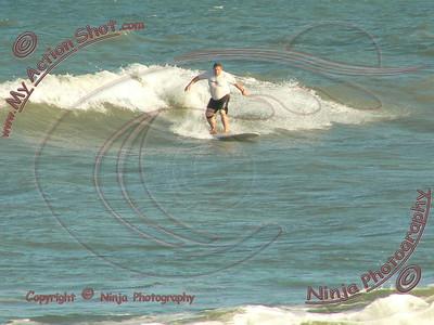 2007_11_03 (pm) - Surfing TS Noel - Delray Beach