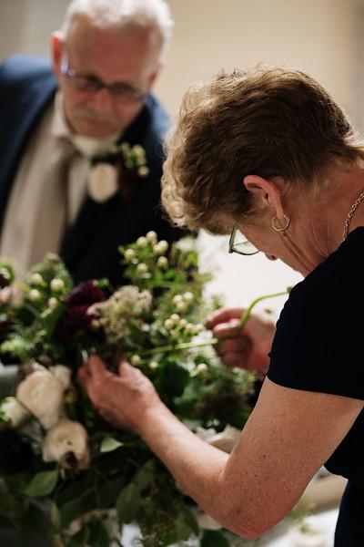 rustic_ohio__fall_barn_wedding-188.jpg