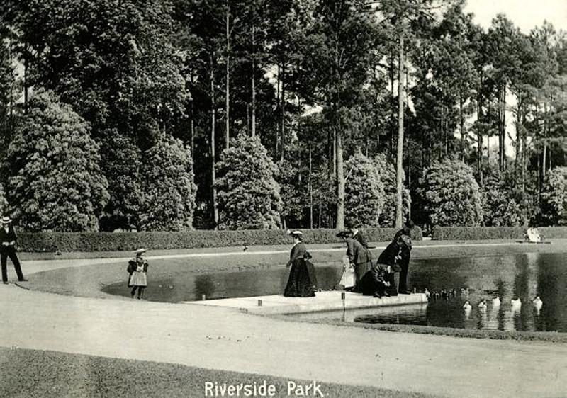 riverside park - 1900.jpg