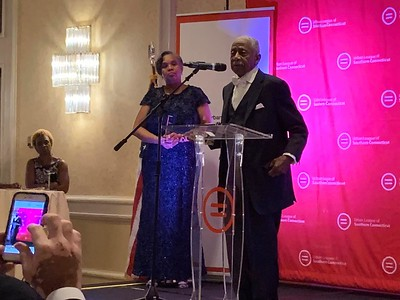 Urban League Honors Dr. Robert W. Perry