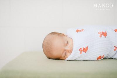 Newborn: Baby Esko