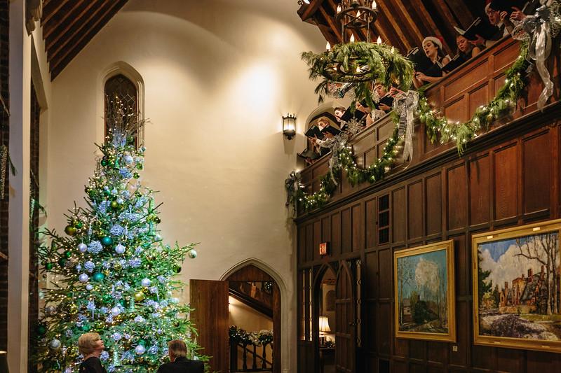 Mike Maney_Heritage Conservancy Christmas at Aldi-217.jpg