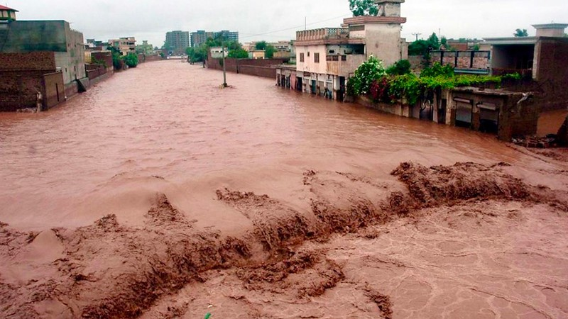 ss-100730-pakistan-flood-08.ss_full_1.jpg